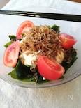 スピード料理☆ゴマ油香る炒りじゃこ豆腐サラダ