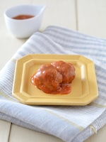 トマトソースひと口ハンバーグ