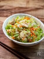 野菜も肉も一皿で!『キャベツとささみのサラダ』