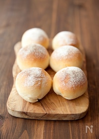 『材料4つ!基本のシンプル丸パン』