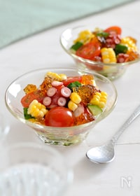 『たこと野菜のポン酢ジュレサラダ。トマト、コーンで彩り前菜♪』