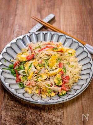 カニカマ素麺炒め