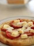 トマトとチーズのピッツア