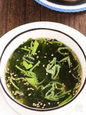 ごま油薫る♡あの即席スープ並みに簡単!!我が家のわかめスープ