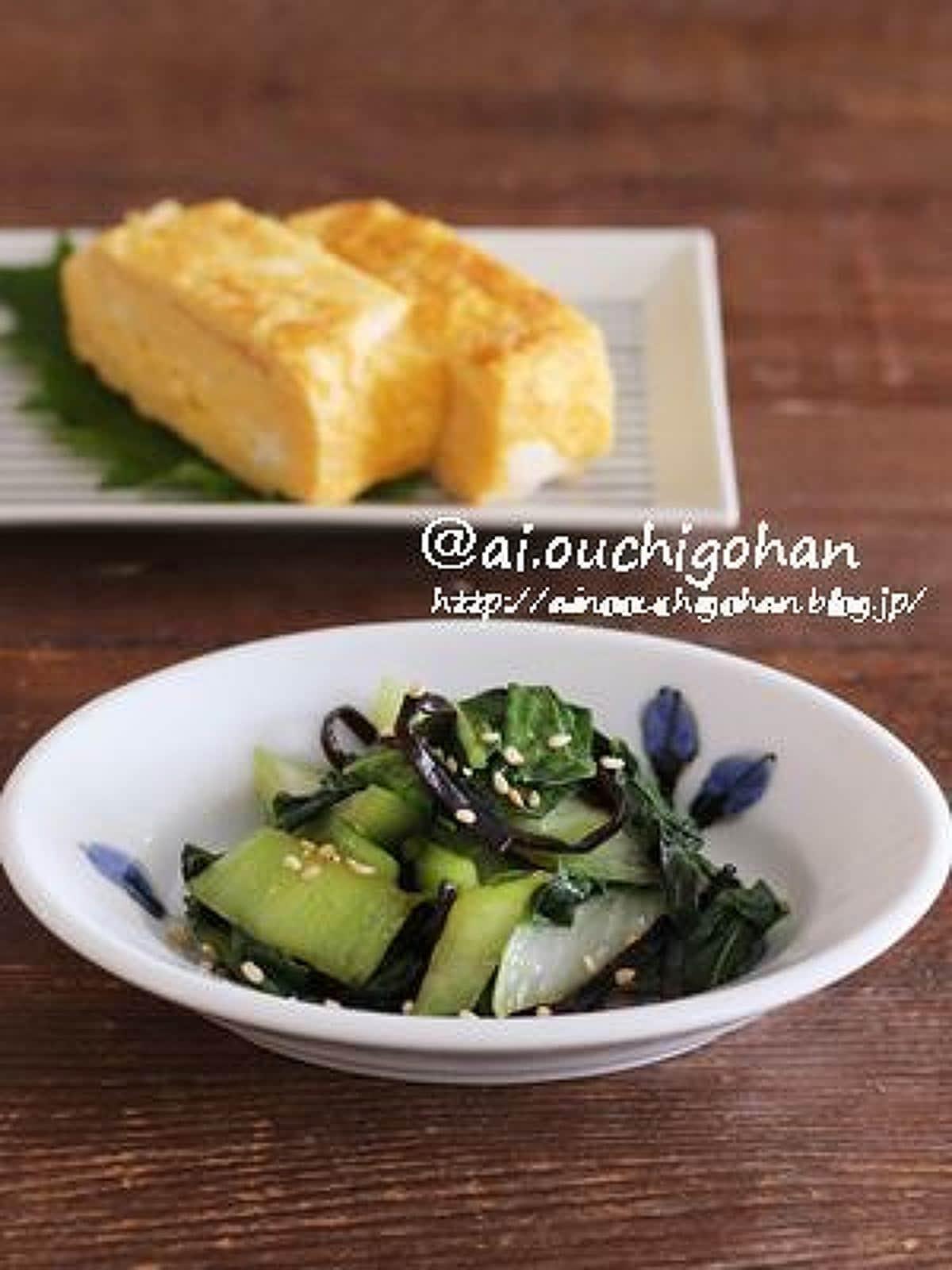 お弁当のおかずにもおすすめ*チンゲン菜と塩こんぶのごま油炒め