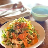野菜をもりもり食べよう!にんじんと大根のリボンサラダ