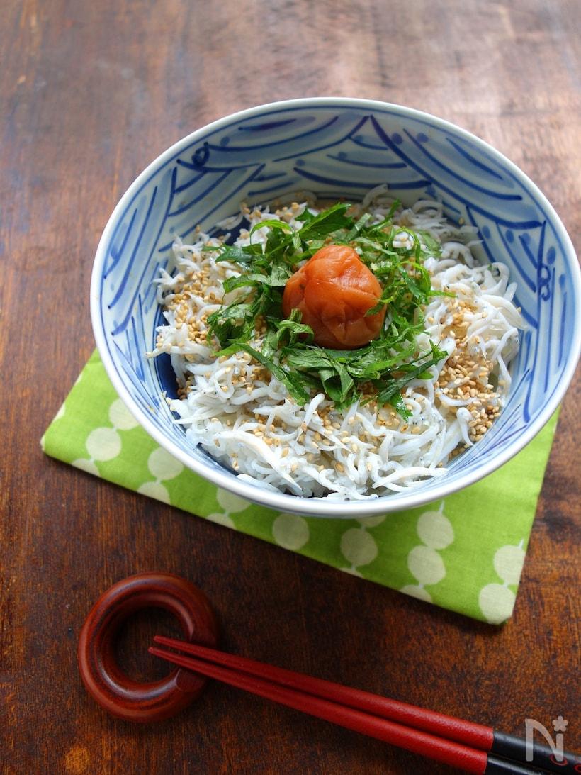 「しらす丼」の人気レシピ13選。生しらすから釜揚げまで絶品ぞろい!の画像