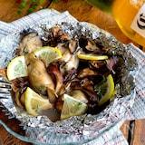 ふふおつまみ【牡蠣と舞茸のホイル焼き】レモン添えて