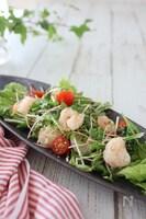 エビと水菜のチーズサラダ