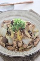 白菜がトロっと美味しい、豚春雨の炒め煮