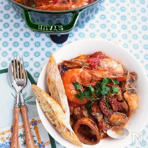 イタリア料理 *リヴォルノ風魚介のトマト煮込み カッチュッコ