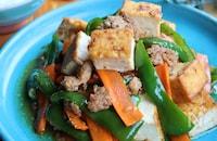 ごはんが進む*厚揚げとひき肉と野菜の味噌炒め