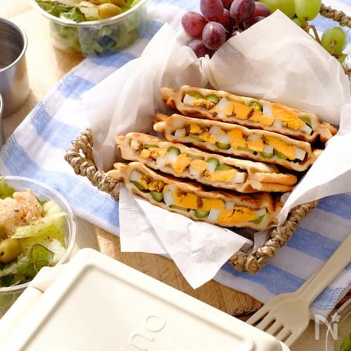 冷めても美味しい☆卵とアスパラのキーマカレーホットサンド!