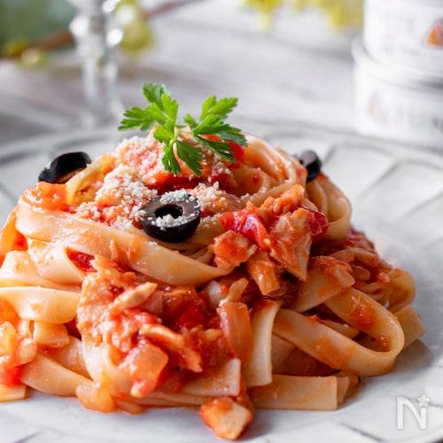 新玉ねぎとトマトのツナパスタ #モンマルシェ