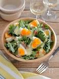 春菊とゆで卵とベーコンのサラダ。ヨーグルトドレッシングで!