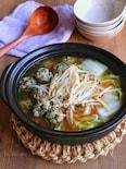 ニラ豚団子と白菜ともやしのお鍋
