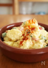 『手作りアリオリでスペイン風ポテトサラダ』