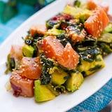 \ご飯にのせても/わさび醤油のサーモン海藻美肌サラダ♪