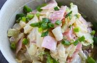 レンジで時短♪白菜とベーコンのごまマヨサラダ