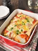 里芋とチキンのトマトソースグラタン