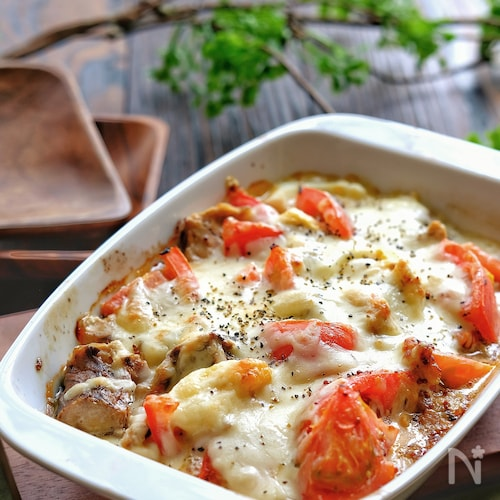簡単!サバ缶とゆで卵とトマトのハニーマスタードマヨグラタン
