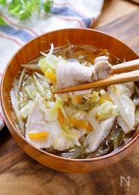 『味付け1つ!巻いて食べる『豚バラと千切り野菜のだし汁』』