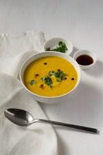 お野菜たっぷりが嬉しいからだあたためレシピ【かぼちゃとココナッツミルクのスープ】