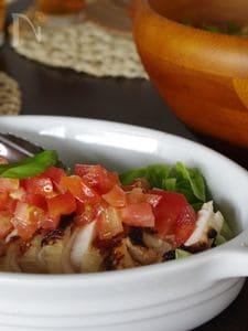 トマトでさっぱり塩麹チキン