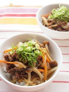 野菜たっぷり牛丼
