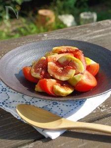 トマトといちじくのサラダ