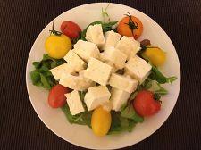 豆腐の塩麹和えサラダ