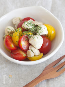 マッシュルームとミニトマトのシンプルマリネ