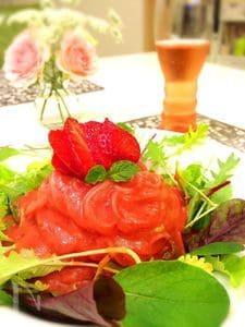 真っ赤な苺の(冷製)パスタ