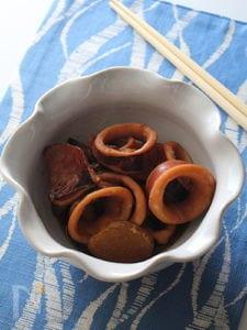 夏イカと新生姜の煮もの。