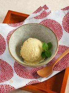 ほうじ茶とクリームチーズのアイス