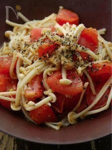 ササッと3分☆トマトとえのきのペッパーソテー