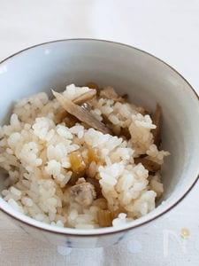 ふきとごぼうと鶏ささみの混ぜご飯