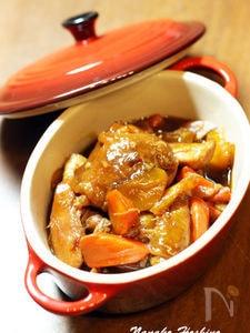 鶏もも肉のフォンドボー煮込み マデラ風味
