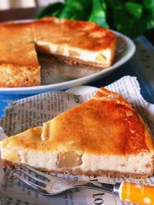 絶品♡カロリーカット‼自家製リコッタでりんごチーズケーキ♡