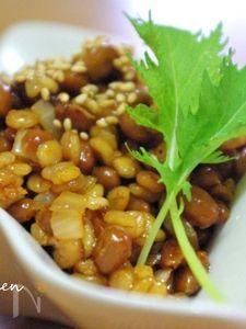 麦と納豆で甘辛キムチの肉味噌風