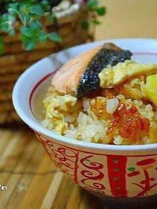 鮭とさつま芋で♪秋の炊き込みごはん