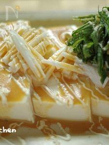 お豆腐と長芋のサラダ〜胡麻と柑橘のドレッシング