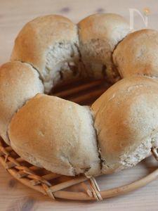梨酵母を使って「梨のリングパン」