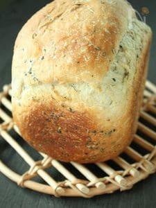 ホームべーカリーで玄米甘酒食パン