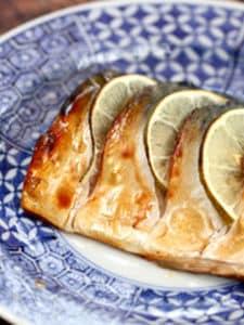 我が家の簡単定番☆レモン塩鯖