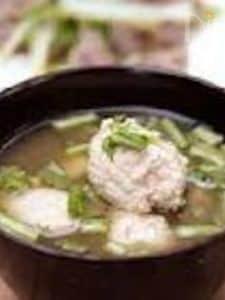 【豆腐肉団子とかぶの葉汁】