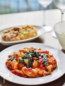 チキンとほうれん草のトマト・チーズソテー