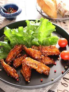 鶏手羽中スペアリブの旨辛焼き。