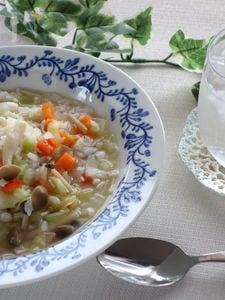 野菜いっぱい、コンソメ味のリゾット