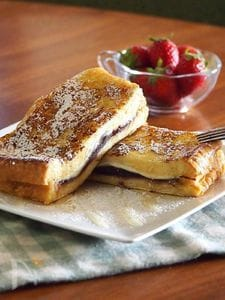 フレンチトースト(あんこ・クリームチーズ)